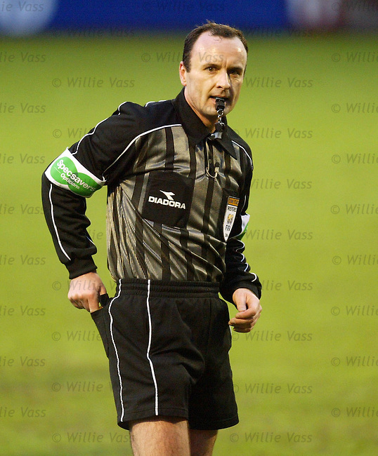 Mike McCurry, referee.stock season 2003-04.pic willie vass