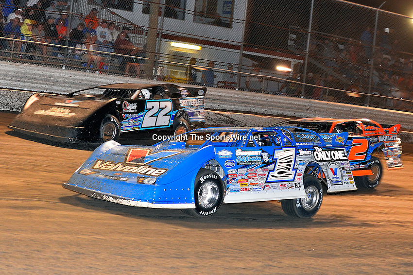 Feb 20, 2014; 9:32:59 PM;  Barberville, FL, USA;  World of Outlaws Late Model Series for 43rd Annual DIRTcar Nationals presented by Summit Racing Equipment at Volusia Speedway Park.  Mandatory Credit: (thesportswire.net)