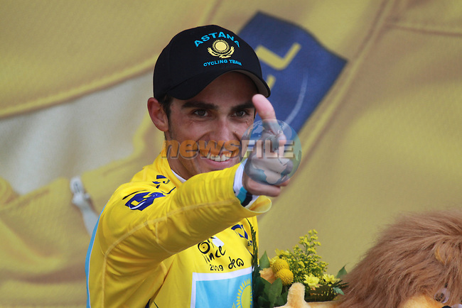 Alberto Contador celebrates after winning the last time trial stage of the 2009 Tour de France at Annecy, 23rd July 2009 (Photo by Manus OReilly/NEWSFILE)