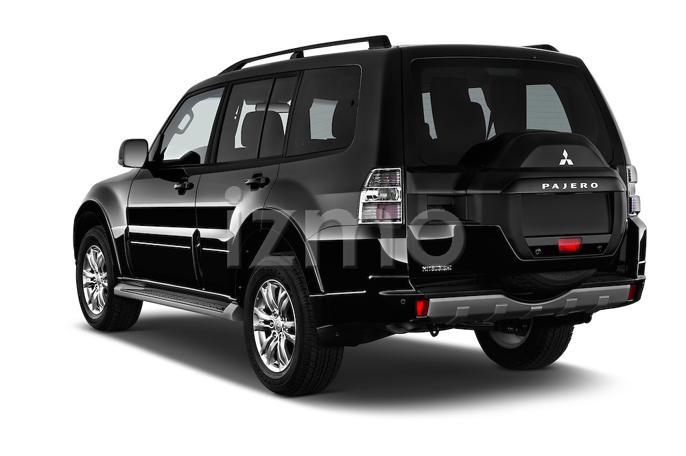 Car pictures of rear three quarter view of 2016 Mitsubishi Pajero Instyle 5 Door Suv Angular Rear