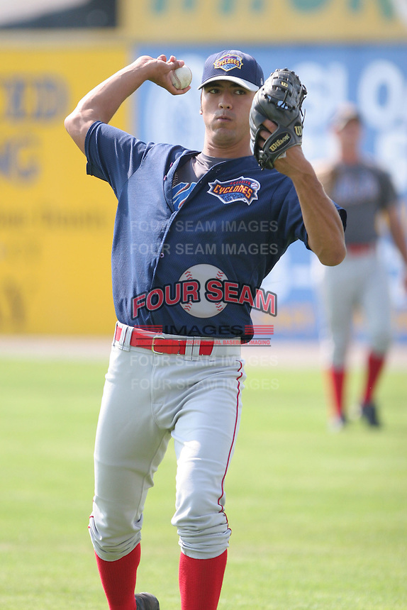 July 25th, 2007:  Greg Mullens of the Brooklyn Cyclones, Short-Season Class-A affiliate of the New York Mets a Dwyer Stadium in Batavia, NY.  Photo by:  Mike Janes/Four Seam Images