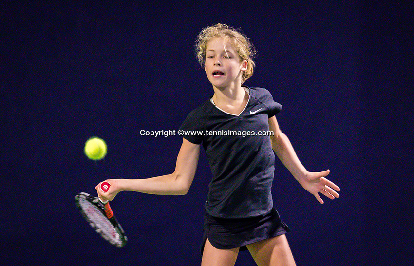 Hilversum, Netherlands, December 2, 2018, Winter Youth Circuit Masters, Emily Schut (NED)<br /> Photo: Tennisimages/Henk Koster