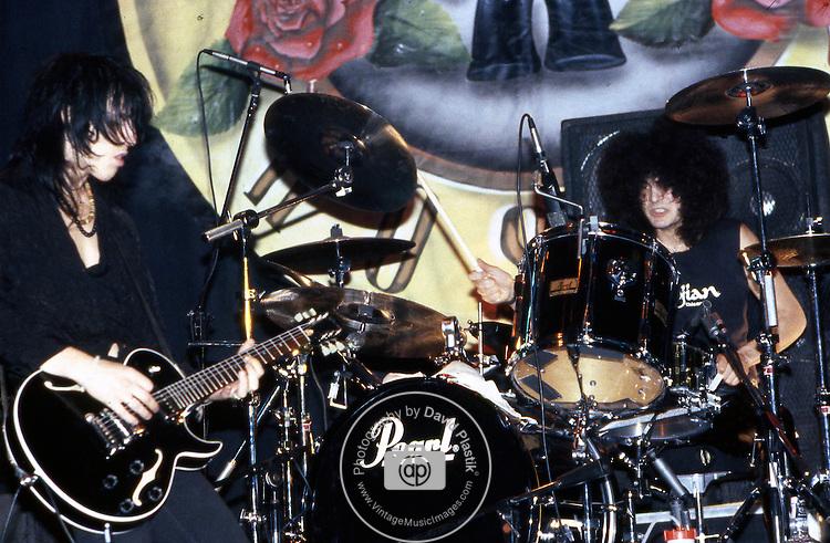 Guns-N-Roses-296.jpg