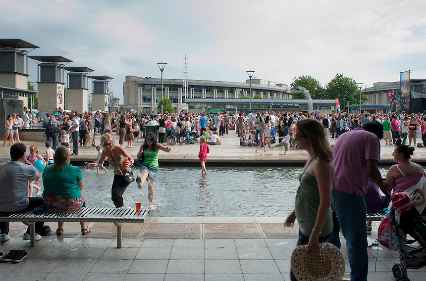 Harbor Festival with Alix, Alexander, Niels, Bas and Lucas , Bristol, United Kingdom