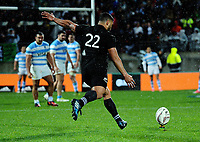 Lima Sopoaga kicks for goal during the Rugby Championship match between the NZ All Blacks and Argentina Pumas at Yarrow Stadium in New Plymouth, New Zealand on Saturday, 9 September 2017. Photo: Dave Lintott / lintottphoto.co.nz