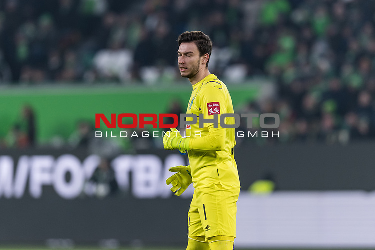 01.12.2019, Volkswagen Arena, Wolfsburg, GER, 1.FBL, VfL Wolfsburg vs SV Werder Bremen<br /> <br /> DFL REGULATIONS PROHIBIT ANY USE OF PHOTOGRAPHS AS IMAGE SEQUENCES AND/OR QUASI-VIDEO.<br /> <br /> im Bild / picture shows<br /> Jiri Pavlenka (Werder Bremen #01), <br /> <br /> Foto © nordphoto / Ewert
