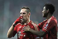 FUSSBALL   CHAMPIONS LEAGUE   SAISON 2011/2012     22.11.2011 FC Bayern Muenchen - FC Villarreal Jubel nach dem Tor zum 3:1 Franck Ribery, David Alaba (v. li., FC Bayern Muenchen)
