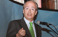 Repro Free.Spanish Ambassador to ireland Javier Garrigues .Travel Extra,Travel Journalist of the Year Awards at the Thomas Prior House Ballsbridge. The event which was sponsored by The Spanish Tourist board gave out 12 awards for different catagories. .This year saw a huge increase in the number of submissions from previous years, displaying the creativity and continuning innovation of travel and tourism journalism in Ireland..Collins Photos 25/1/13