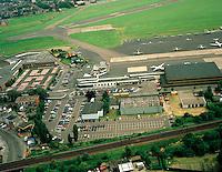 Juni 1994. Luchthaven van Deurne.