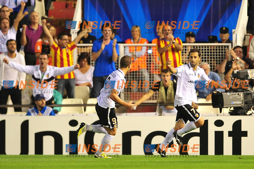 joie de Jonas (Valencia) apres son but .Valencia 2/10/2012.Football Calcio 2012/2013 Champions League.Valencia / Lille.Foto Panoramic/Insidefoto.ITALY ONLY