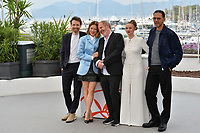 "CANNES, FRANCE. May 23, 2019: Lea Seydoux, Antoine Reinartz, Arnaud Desplechin, Sara Forestier & Roschdy Zem at the photocall for ""Oh Mercy!"" at the 72nd Festival de Cannes.<br /> Picture: Paul Smith / Featureflash"