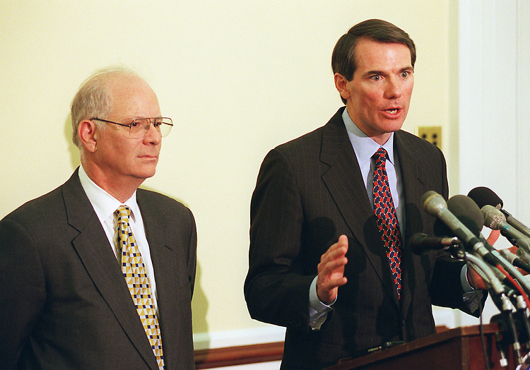 "04/15/98.IRS REFORM--Rob Portman, R-Ohio, right, and Ben Cardin, D-Md., during a news conference on the House's ""IRS Restructuring and Reform Act."".CONGRESSIONAL QUARTERLY PHOTO BY SCOTT J. FERRELL"