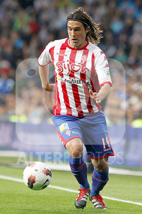Sporting de Gijon's Gaston Maximiliano Sangoy during La Liga match.April 14,2012. (ALTERPHOTOS/Acero)