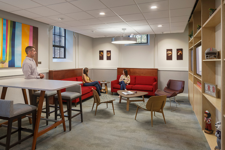 The Ohio State University Faculty Club Lounge | WSA Studio