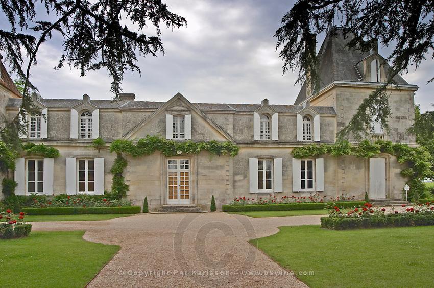 Vieux Chateau Certan and its court yard Pomerol Bordeaux Gironde Aquitaine France