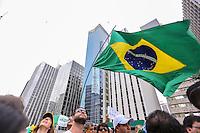 SÃO PAULO,SP, 13.03.2016 - PROTESTO-DILMA - Manifestantes contrários ao governo Dilma Rousseff durante ato pelo impeachment da presidente na avenida Paulista em São Paulo, neste domingo, 13. (Foto: Leandro Coelho/Brazil Photo Press)