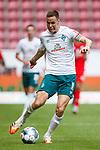 Niklas Moisander (SV Werder Bremen) mit Ball, <br /> <br /> Sport: Fussball: 1. Bundesliga:: nphgm001:  Saison 19/20: 33. Spieltag: 1. FSV Mainz 05 vs SV Werder Bremen 20.06.2020<br /> Foto: Neis/Eibner/Pool/via gumzmedia/nordphoto<br /><br />DFB regulations prohibit any use of photographs as image sequences and/or quasi-video.<br />Editorial Use ONLY<br />National and International News Agencies OUT<br />  DFL REGULATIONS PROHIBIT ANY USE OF PHOTOGRAPHS AS IMAGE SEQUENCES AND OR QUASI VIDEO<br /> EDITORIAL USE ONLY<br /> NATIONAL AND INTERNATIONAL NEWS AGENCIES OUT
