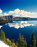 USA, Oregon, snowcapped mountains and reflection, Crater Lake National Park