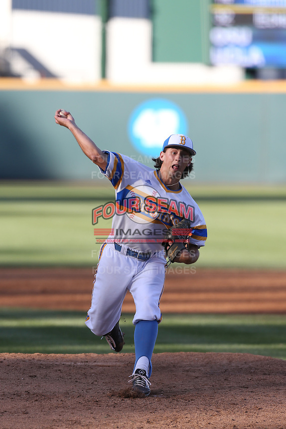Cody Poteet (34) of the UCLA Bruins pitches during a game against the Oregon State Beavers at Jackie Robinson Stadium on April 4, 2015 in Los Angeles, California. UCLA defeated Oregon State, 10-5. (Larry Goren/Four Seam Images)