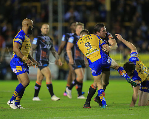 8th September 2017, The Mend-A-Hose Jungle, Castleford, England; Betfred Super League, Super 8s; Castleford Tigers versus Leeds Rhinos; Grant Millington of Castleford Tigers is tackled by Matt Parcell of Leeds Rhinos