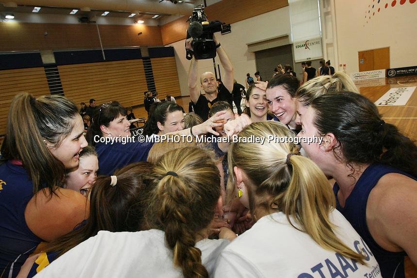 Otago players celebrate winning  the Lion Foundation Netball Championship final match, day five, MoreFM Arena, Dunedin, New Zealand, Friday, October 04, 2013. Credit: Dianne Manson/©MBPHOTO /Michael Bradley Photography.