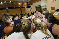 Otago players celebrate winning  the Lion Foundation Netball Championship final match, day five, MoreFM Arena, Dunedin, New Zealand, Friday, October 04, 2013. Credit: Dianne Manson/©MBPHOTO /Michael Bradley Photography.