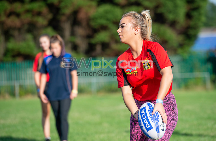 Picture by Allan McKenzie/SWpix.com - 25/07/2018 - Rugby League - Dacia Flair Play - New Spring Lions & Ince Rose Bridge RLFC, Ince-in-Makerfield, England - New Spring Lions & Ince Rose Bridge girls given training.