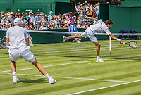 London, England, 6 th July, 2017, Tennis,  Wimbledon, Men's doubles: Robin Haase  (NED) / Dominic Inglot (GBR) (L)<br /> Photo: Henk Koster/tennisimages.com