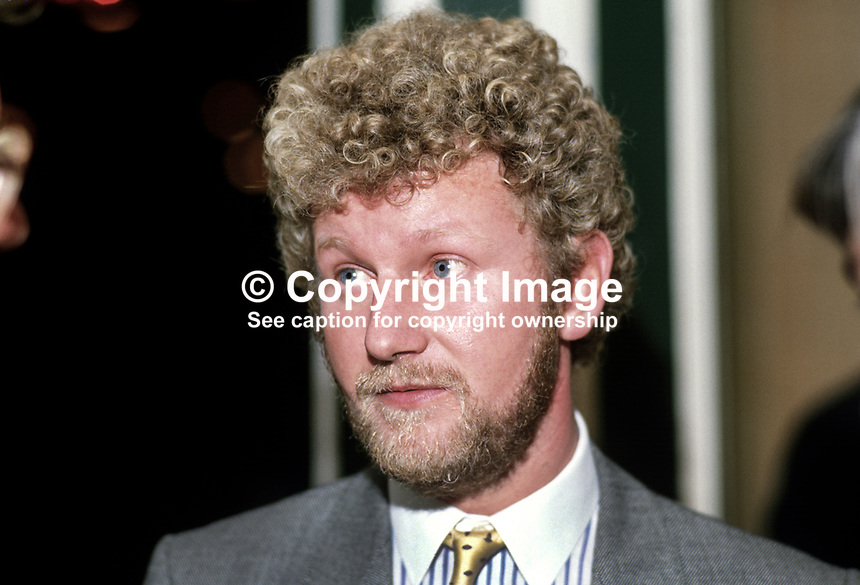 Jeremy Hayes, MP, Conservative Party, UK, 19871008JH..Copyright Image from Victor Patterson, 54 Dorchester Park, Belfast, UK, BT9 6RJ..Tel: +44 28 9066 1296.Mob: +44 7802 353836.Voicemail +44 20 8816 7153.Skype: victorpattersonbelfast.Email: victorpatterson@me.com.Email: victorpatterson@ireland.com (back-up)..IMPORTANT: If you wish to use this image or any other of my images please go to www.victorpatterson.com and click on the Terms & Conditions. Then contact me by email or phone with the reference number(s) of the image(s) concerned.