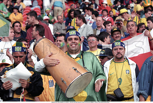 BRAZILIAN FANS, BRAZIL 4 v Chilie 1, World Cup 98, Round 2, Parc D' Princes, 980627. Photo: Glyn Kirk/Action Plus....1998.soccer.football.association.crowd.crowds.supporters.fans