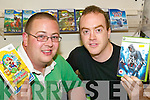 Peter Spink and David O'Connor or Hyper FI IT showing a selection of games to buy in the Listowel store..   Copyright Kerry's Eye 2008