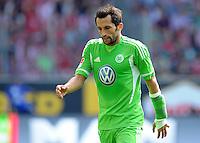 FUSSBALL   1. BUNDESLIGA   SAISON 2011/2012    2. SPIELTAG VfL Wolfsburg - FC Bayern Muenchen      13.08.2011 Hasan SALIHAMIDZIC (Wolfbsurg) entteuscht