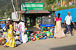 Market place in the town of Haputale, Badulla District, Uva Province, Sri Lanka, Asia