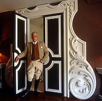 Nicholas Haslam - Contemporary Neoclassicism