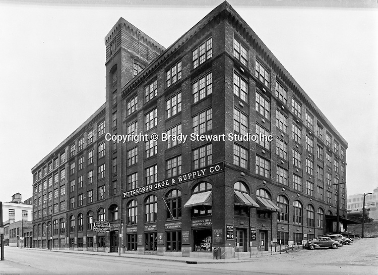 Pittsburgh PA:  View of Pittsburgh Gage & Supply Company at 3000 Penn Avenue in the Strip District - 1948.
