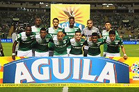 CALI - COLOMBIA - 15 - 10 - 2017: Los jugadores de Deportivo Cali, posan para una foto, durante partido de la fecha 15 entre Deportivo Cali y La Equidad, por la Liga Aguila II- 2017, jugado en el estadio Deportivo Cali (Palmaseca) de la ciudad de Cali. / The players of Deportivo Cali, pose for a photo, during a match of the date 15th between Deportivo Cali and La Equidad, for the Liga Aguila II- 2017 at the Deportivo Cali (Palmaseca) stadium in Cali city. Photo: VizzorImage  / Nelson Rios / Cont.