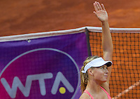 La russa Maria Sharapova dopo aver vinto la semifinale contro la connazionale Daria Gavrilova agli Internazionali d'Italia di tennis a Roma, 16 maggio 2015. <br /> Russia's Maria Sharapova celebrates after winning the semifinal match against her compatriot Daria Gavrilova at the Italian Masters tennis in Rome, 15 May 2015.<br /> UPDATE IMAGES PRESS/Riccardo De Luca