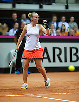 Arena Loire,  Trélazé,  France, 16 April, 2016, Semifinal FedCup, France-Netherlands, Second match: Kristina Mldanovic vs Richel Hogenkamp (NED), Pixtured : Richel Hogenkamp reacts<br />
