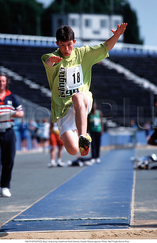 YOUTH ATHLETICS, Boys long jump, London Youth Games, Crystal Palace, 990711. Photo: Neil Tingle/Action Plus...1999.child.children.kids.boy.youths.teenager.teenagers.Youngster.Youngsters.childrens sport.children's sport