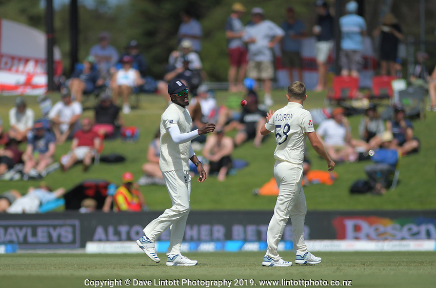 England's Jofra Archer and Sam Curran during day two of the international cricket 1st test match between NZ Black Caps and England at Bay Oval in Mount Maunganui, New Zealand on Friday, 22 November 2019. Photo: Dave Lintott / lintottphoto.co.nz