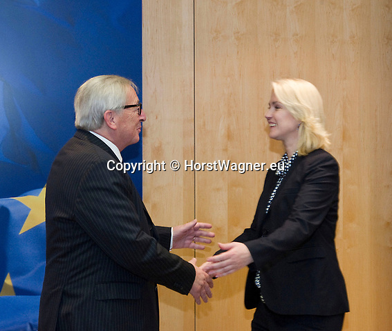 Brussels - Belgium, 26.11.2018 -- Jean-Claude JUNCKER (le), President of the European Commission, receives Manuela SCHWESIG (ri), Minister-President of Mecklenburg-Vorpommern (Germany) -- Photo: © HorstWagner.eu