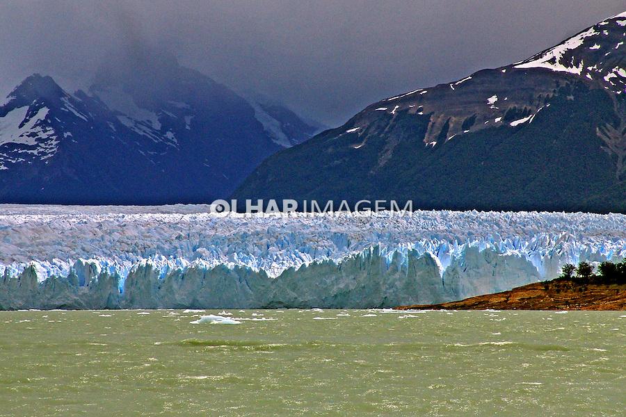 Parque Nacional Los Glaciares. Glaciar Perito Moreno. Argentina. 2005. Foto de Caio Vilela.