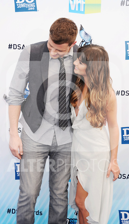 SANTA MONICA, CA - AUGUST 19: Cory Monteith and Lea Michele  arrive at the 2012 Do Something Awards at Barker Hangar on August 19, 2012 in Santa Monica, California. /NortePhoto.com....**CREDITO*OBLIGATORIO** ..*No*Venta*A*Terceros*..*No*Sale*So*third*..*** No Se Permite Hacer Archivo**