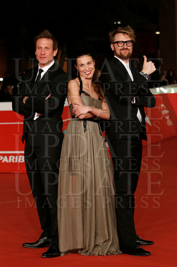 Da sinistra, l'attore britannico Simon Merrells, il regista Lorenzo Sportiello e l'attrice rumena Ana Ularu  posano sul red carpet per la presentazione del film &quot;Index Zero&quot; al Festival Internazionale del Film di Roma, 24 ottobre 2014.<br /> From left, British actor Simon Merrells, Italian director Lorenzo Sportiello and Romanian actress Ana Ularu pose on the red carpet to present the movie &quot;Index Zero&quot; during the international Rome Film Festival at Rome's Auditorium, 24 October 2014.<br /> UPDATE IMAGES PRESS/Isabella Bonotto