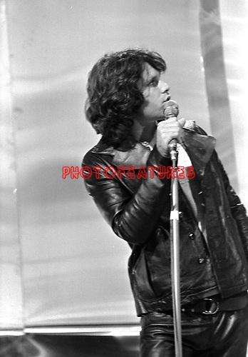 Doors 1968 Jim Morrison on Top Of The Pops