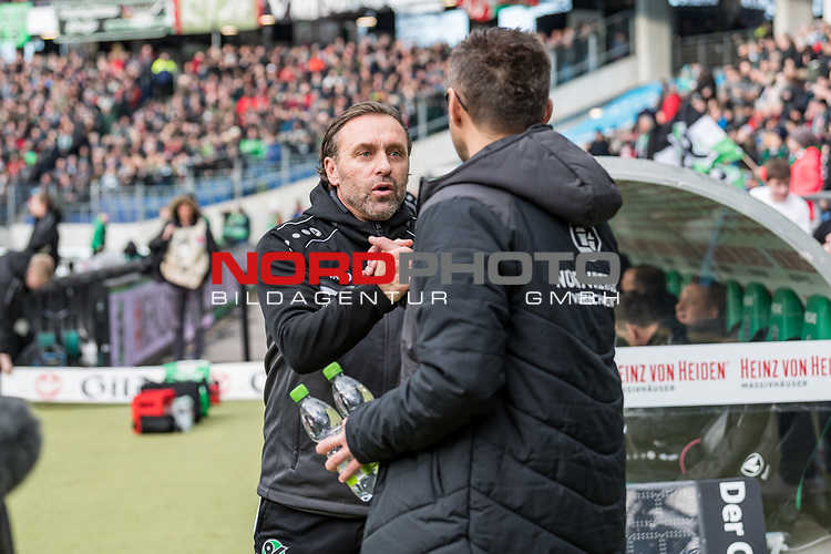 09.02.2019, HDI Arena, Hannover, GER, 1.FBL, Hannover 96 vs 1. FC Nuernberg<br /> <br /> DFL REGULATIONS PROHIBIT ANY USE OF PHOTOGRAPHS AS IMAGE SEQUENCES AND/OR QUASI-VIDEO.<br /> <br /> im Bild / picture shows<br /> Thomas Doll (Trainer Hannover 96) und Michael Köllner / Koellner (Trainer 1. FC Nuernberg) wünschen sich gegenseitig Glück vor Anpiff, <br /> <br /> Foto © nordphoto / Ewert