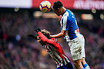 Oscar Esau Duarte Gaitan, O Duarte, of RCD Espanyol (R) battles for the ball with Antoine Griezmann of Atletico de Madrid during the La Liga 2018-19 match between Atletico de Madrid and RCD Espanyol at Wanda Metropolitano on December 22 2018 in Madrid, Spain. Photo by Diego Souto / Power Sport Images