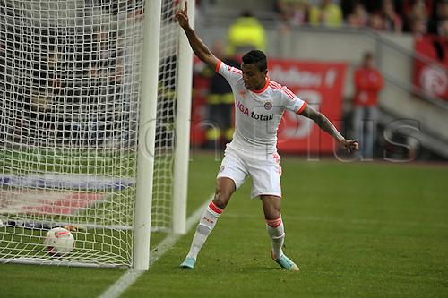 20.10.2012. Dusseldorf, Germany.  Dusseldorf versus  FC Bayern Munich. Luis Gustavo FC Bayern Munich cheering After scoring the goal for 2-0