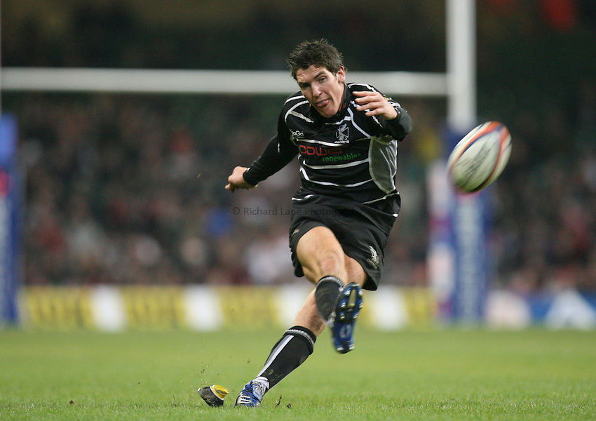 Photo: Rich Eaton...Ospreys v Cardiff Blues. EDF Energy Cup. 24/03/2007. James Hook kicks a penalty for Ospreys