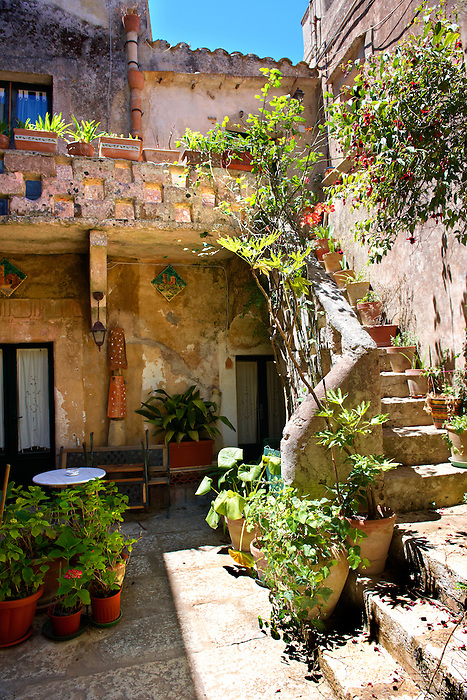Courtyard of a house in Érice, Erice, Sicily stock photos.